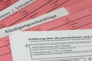Abmahnungen Und Kündigungen Unterliegen Gesetzlichen Vorlagen