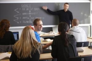 berufsbild-lehrer-was-schulen-heute-voraussetzen-1